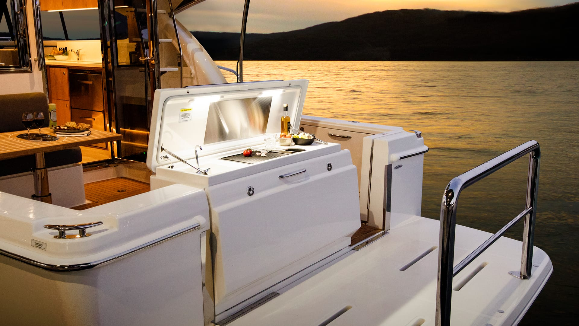 Riviera 39 Sports Motor Yacht Transom Barbecue Centre