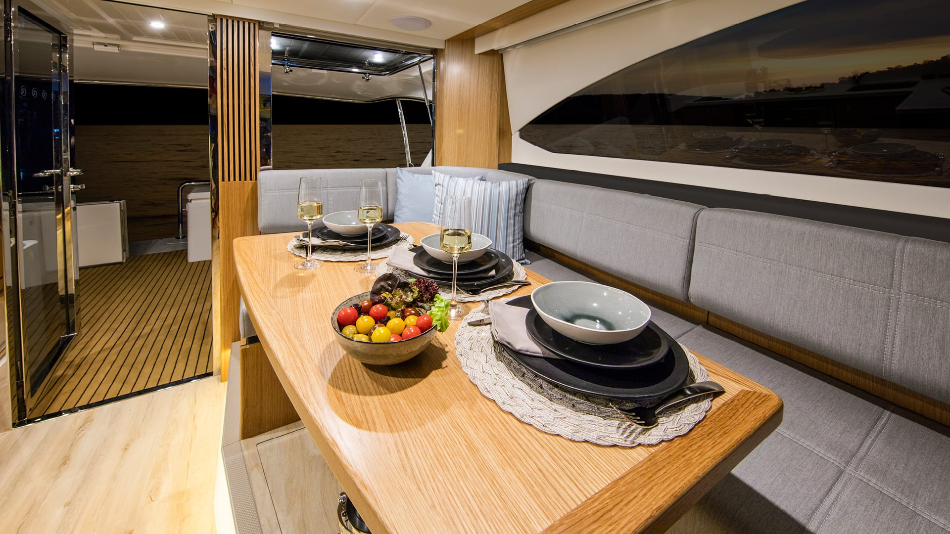 Riviera 395 SUV Saloon Dining Satin Oak Timber Finish