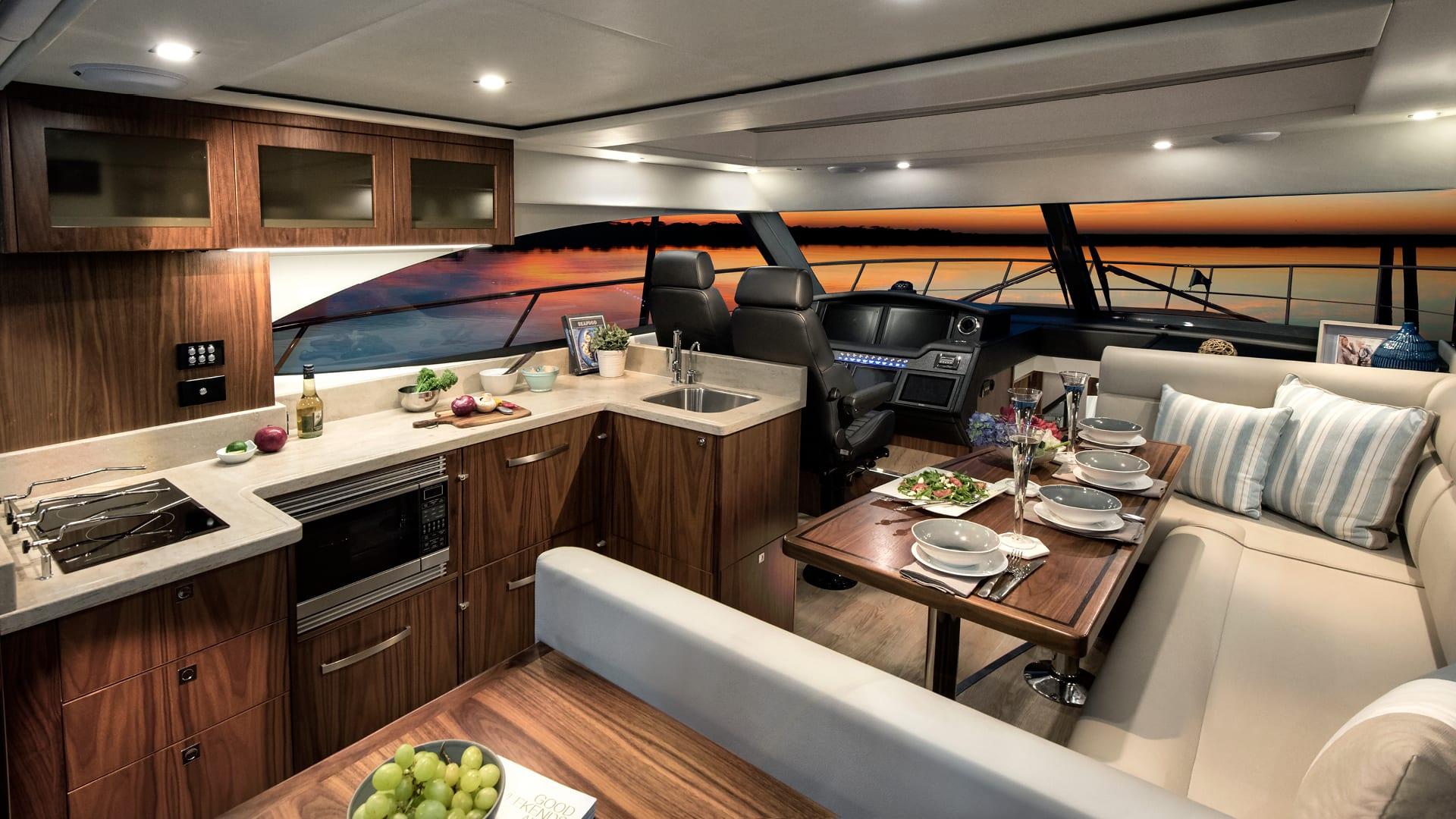 Riviera 4800 Sport Yacht Saloon
