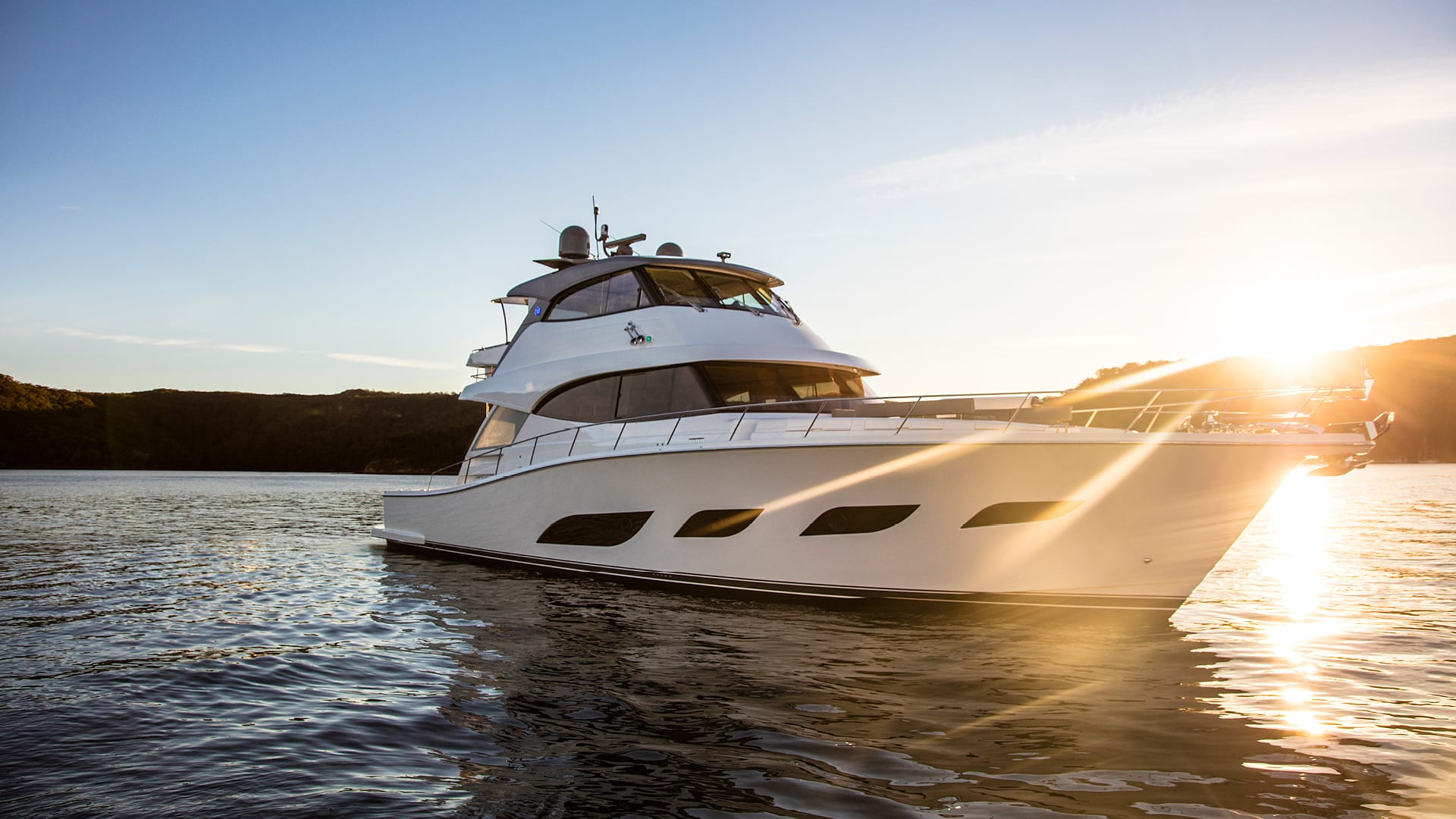 Riviera 68 Sports Motor Yacht Anchored 05