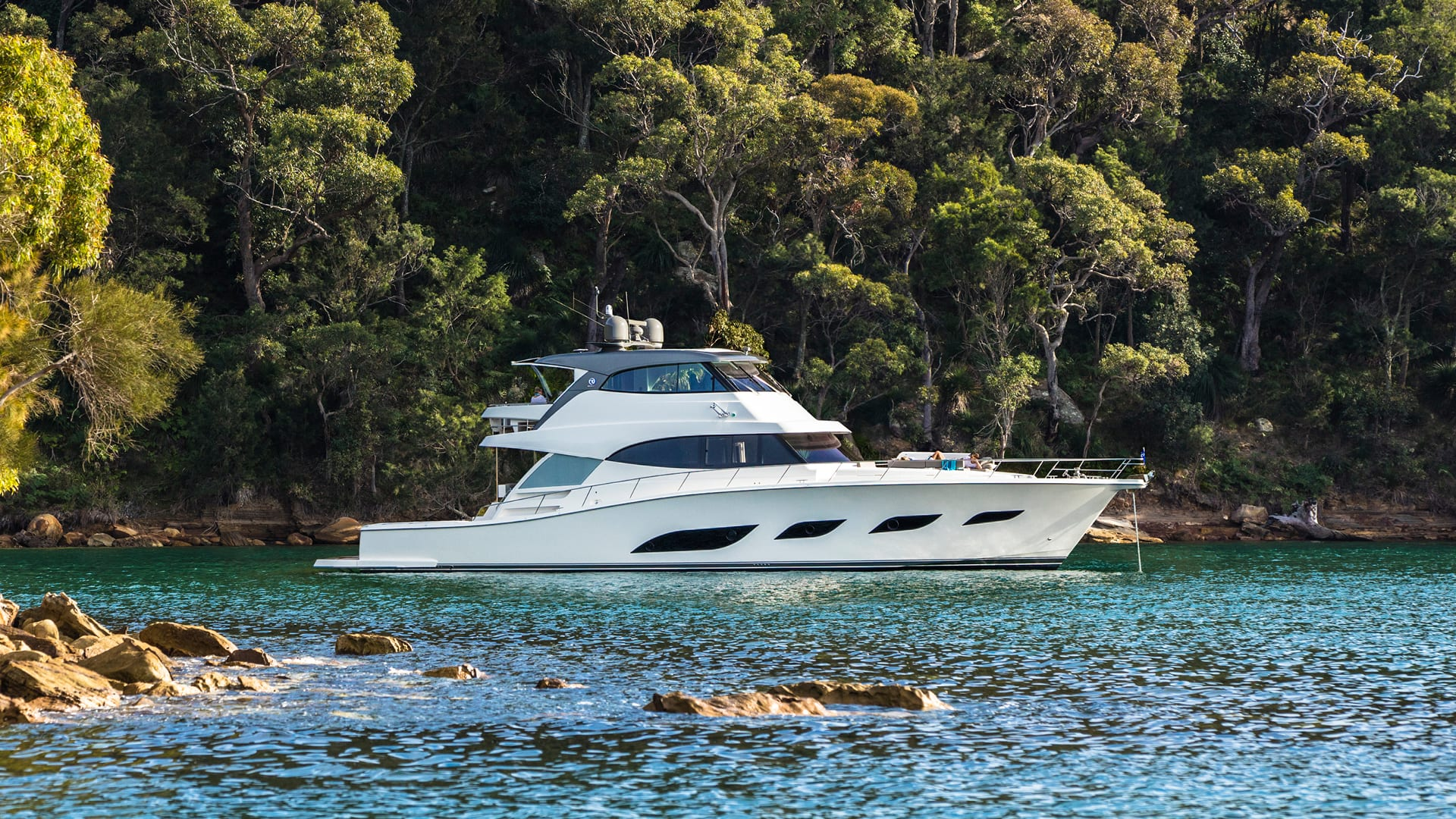 Riviera 72 Sports Motor Yacht Anchored 01