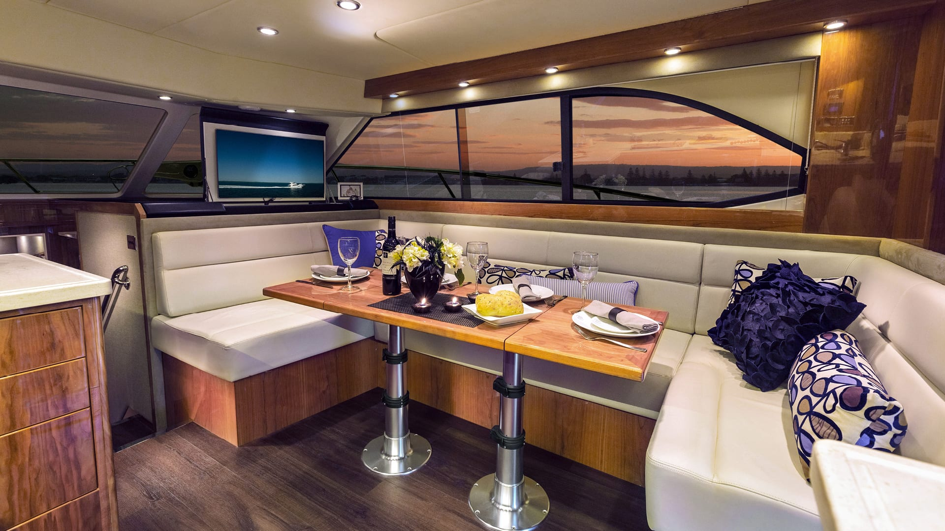 Riviera 43 Open Flybridge Saloon Dining – Gloss Cherrywood Timber Finish