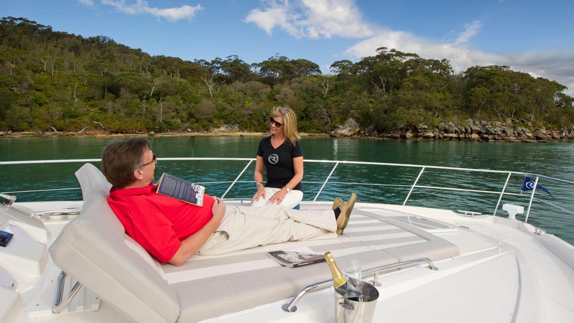 Riviera 6000 Sport Yacht Foredeck 01