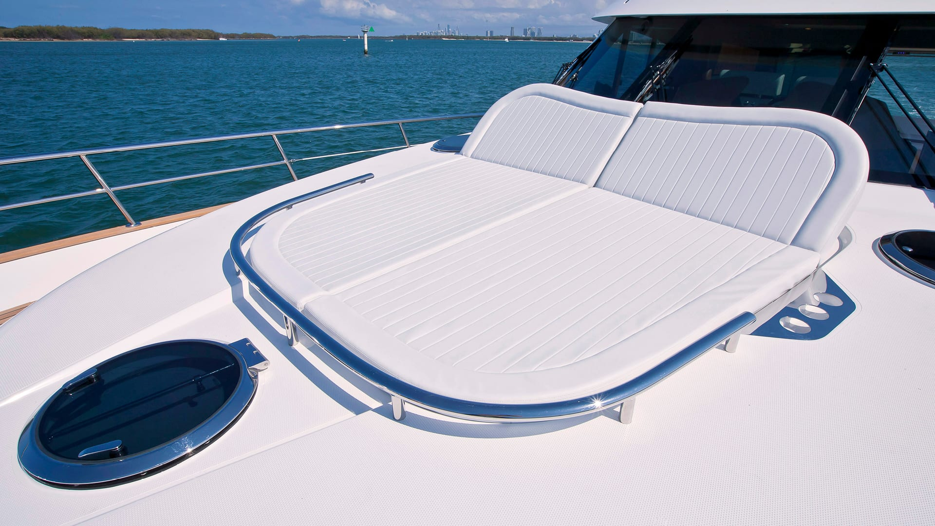Belize 54 Sedan Foredeck