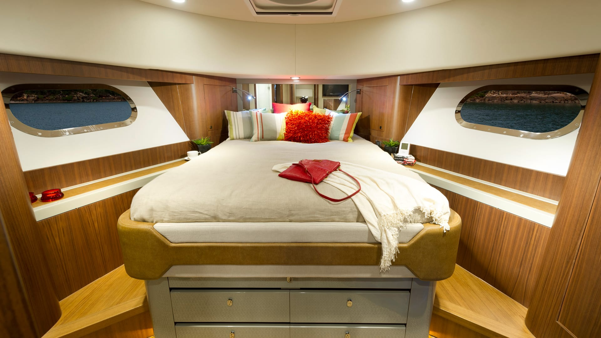 Belize 54 Sedan Forward VIP Guest Stateroom – Satin Walnut Timber Finish