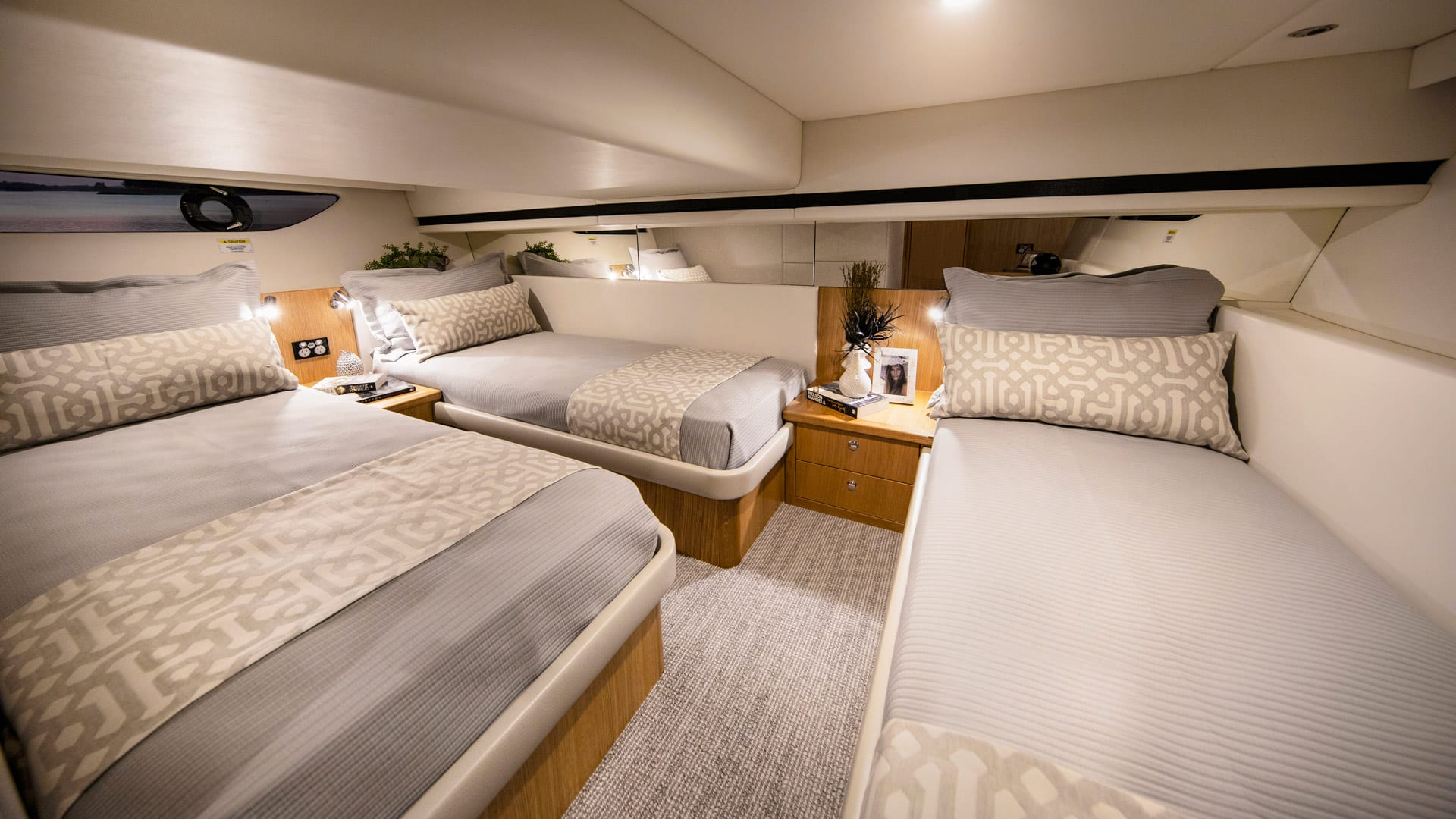 RIviera 395 SUV Aft Stateroom – Satin Oak Timber Finish 02