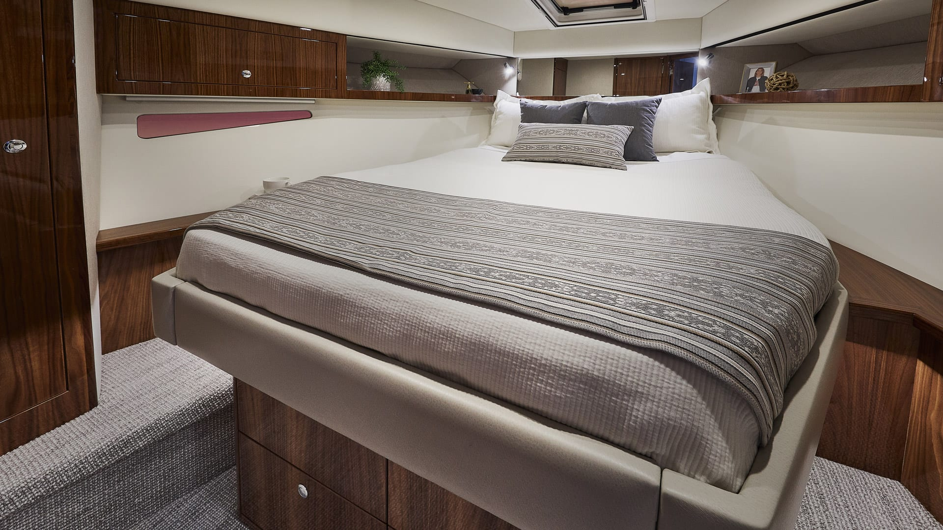 Riviera 39 Open Flybridge Master Stateroom – Gloss Walnut Timber Finish 03