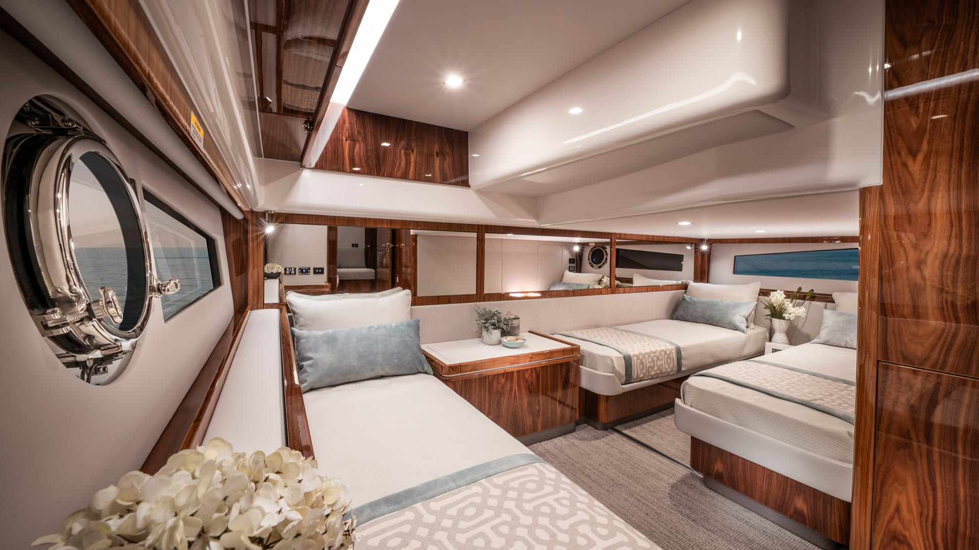 Riviera 4800 Sport Yacht Series II Platinum Edition Guest Stateroom 01 – Gloss Walnut Timber Finish