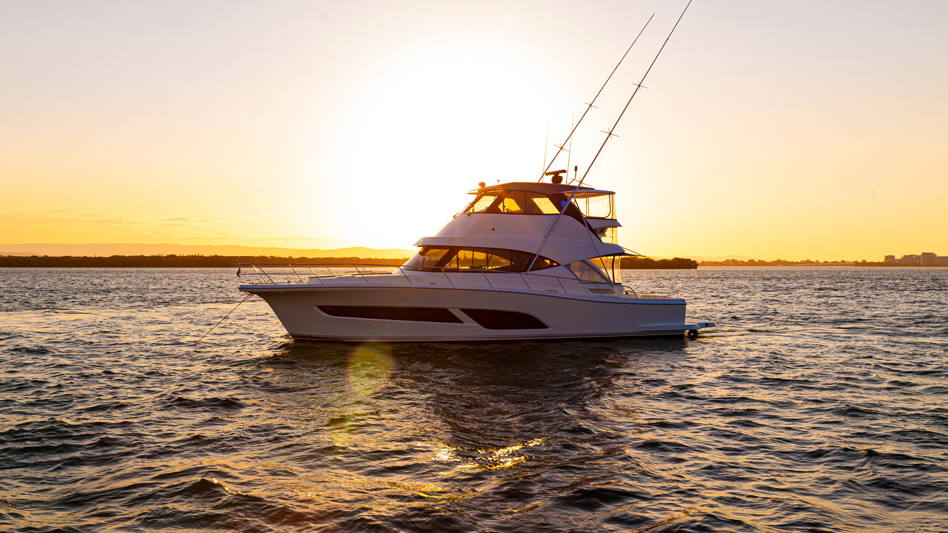 Riviera 50 Sports Motor Yacht Sunset 01