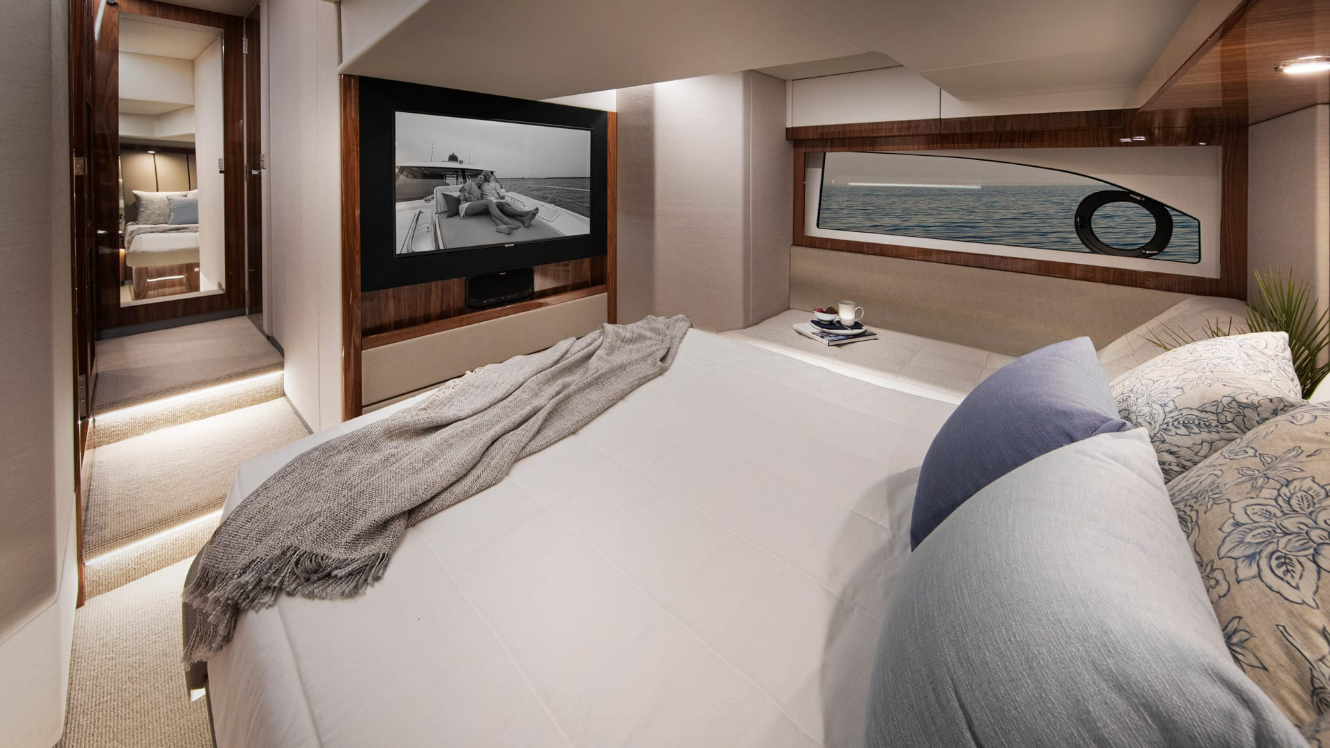 Riviera 505 SUV Master Stateroom 02 – Gloss Walnut Timber Finish