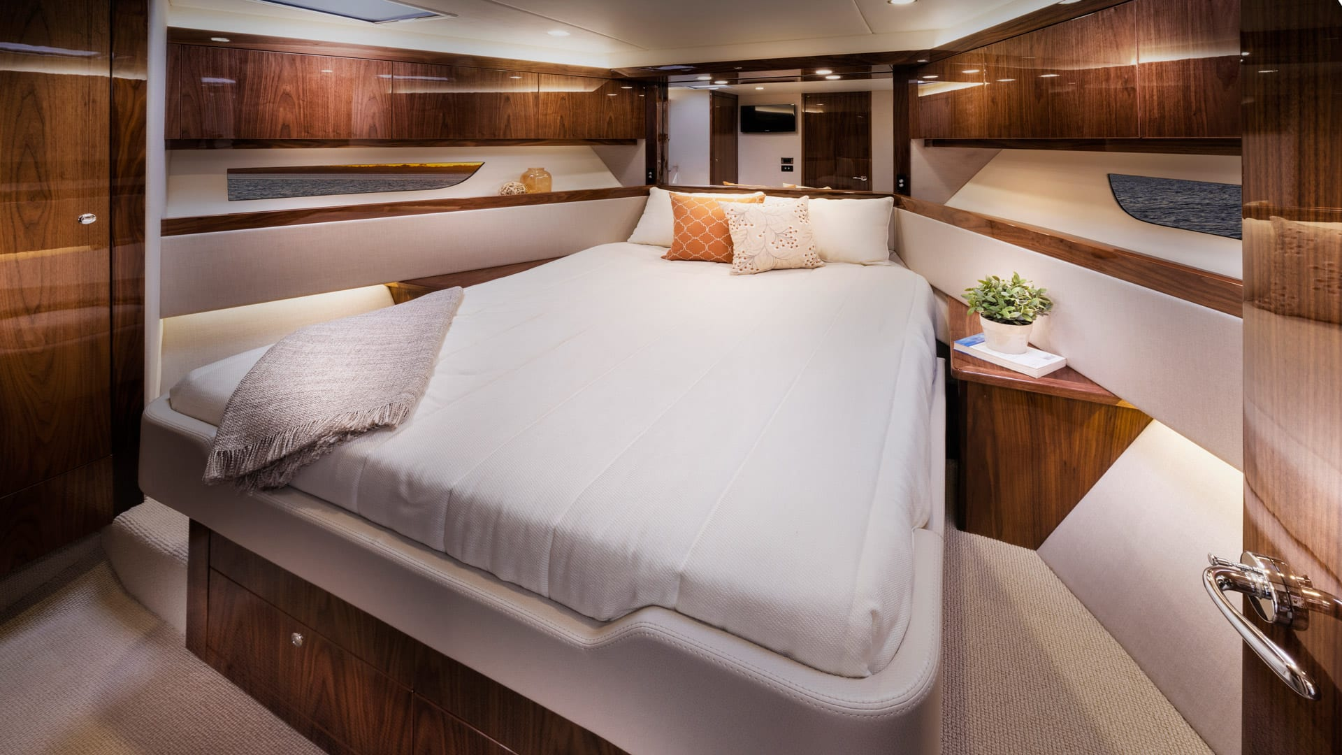 Riviera 54 Enclosed Flybridge Forward VIP Stateroom – Gloss Walnut Timber Finish 01