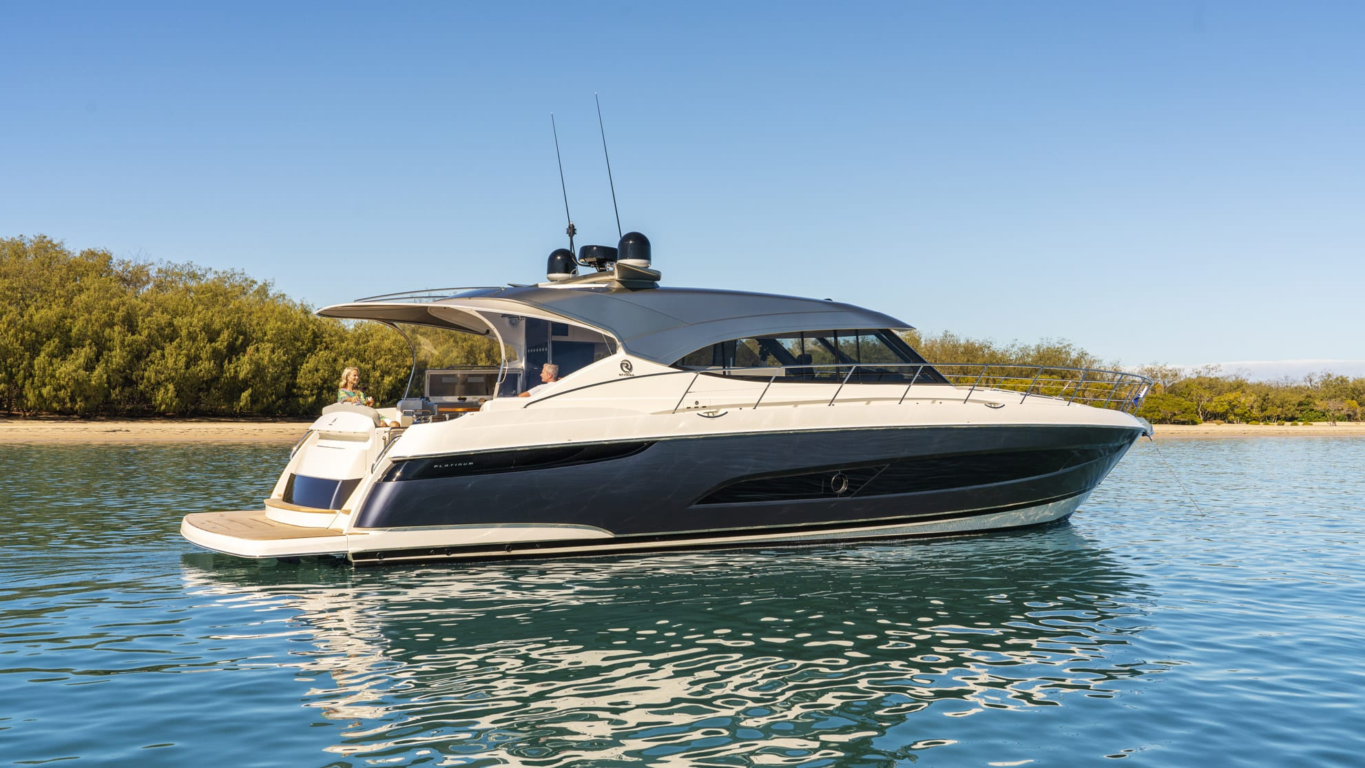 Riviera 5400 Sport Yacht Platinum Edition Anchored 03
