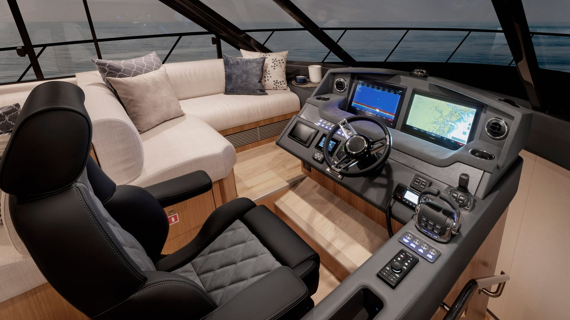 Riviera 5400 Sport Yacht Platinum Edition Master Helm 01 – Satin Oak Timber Finish