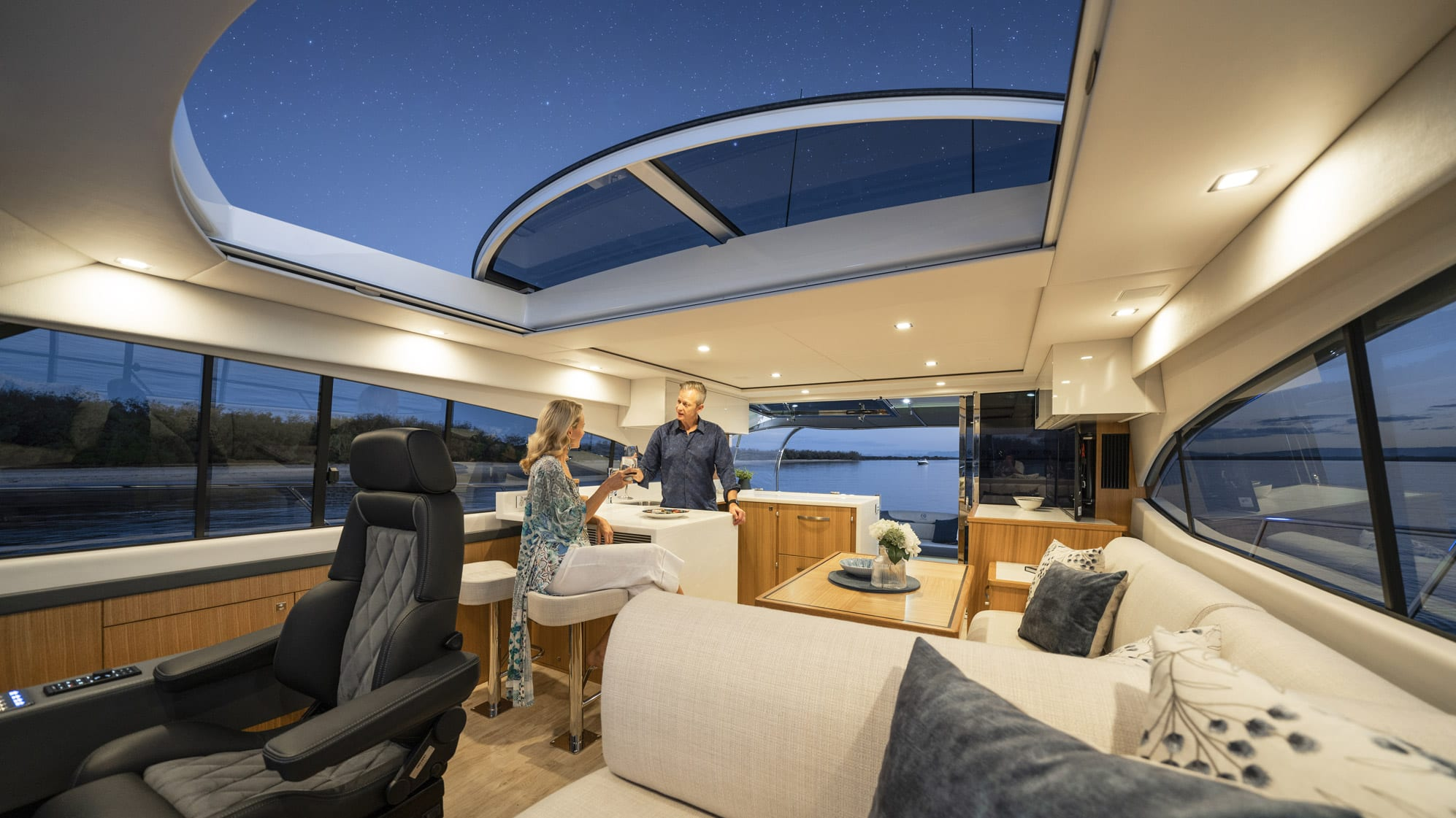 Riviera 5400 Sport Yacht Platinum Edition Saloon 03 – Satin Oak Timber Finish