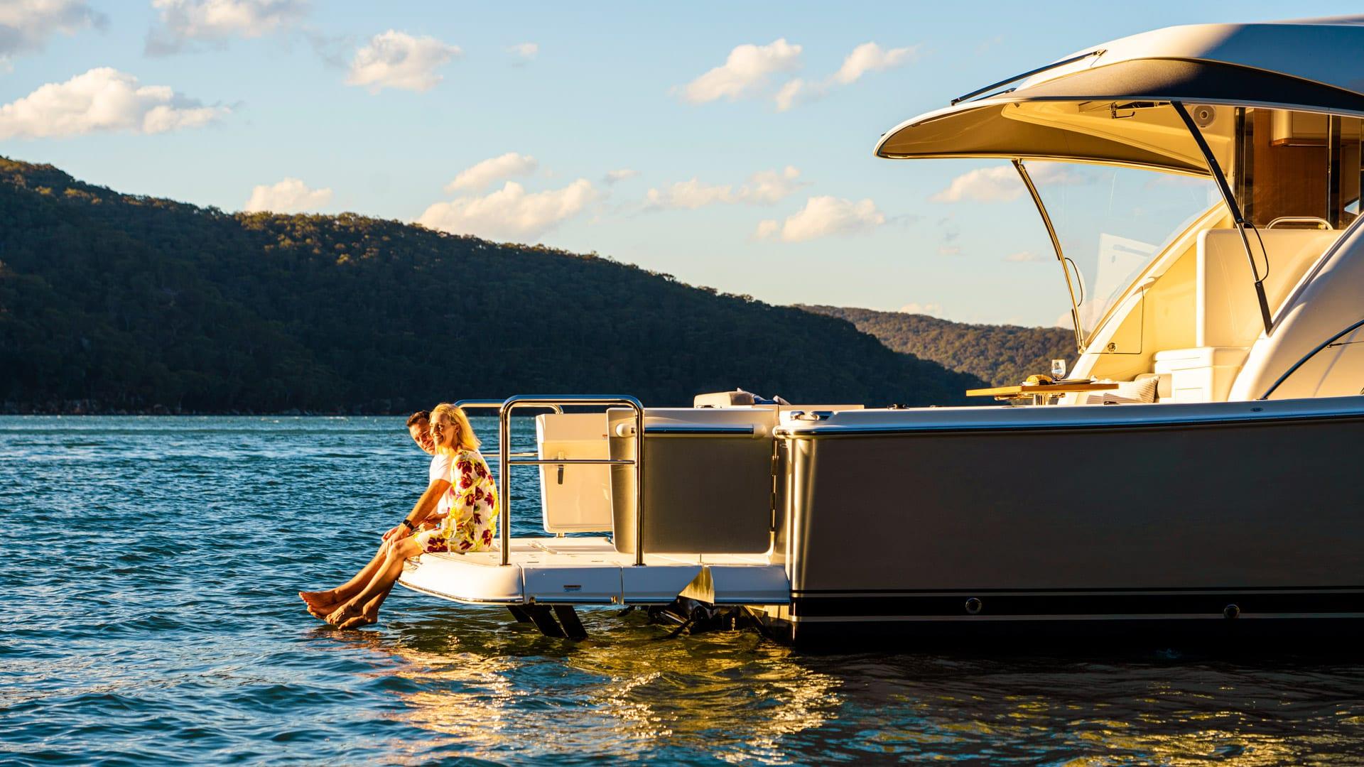 Riviera 545 SUV Swim Platform Lifestyle 02