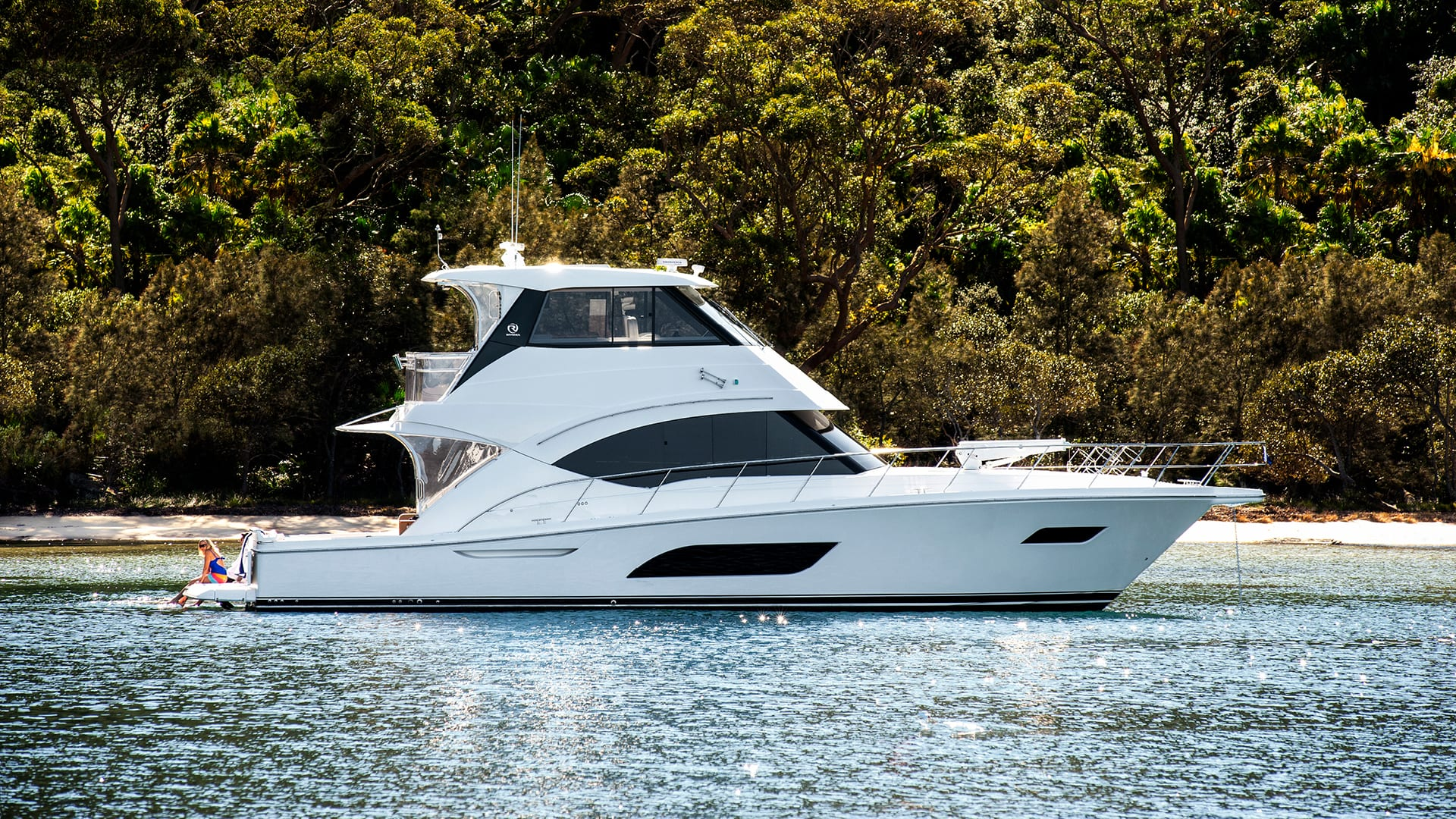 Riviera 57 Enclosed Flybridge Anchored 02