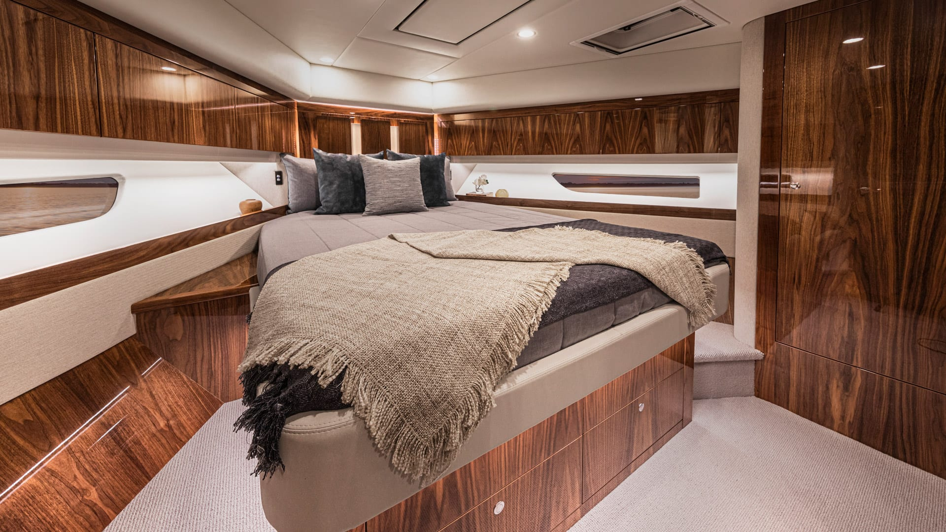 Riviera 57 Enclosed Flybridge Forward VIP Stateroom – Gloss Walnut Timber Finish
