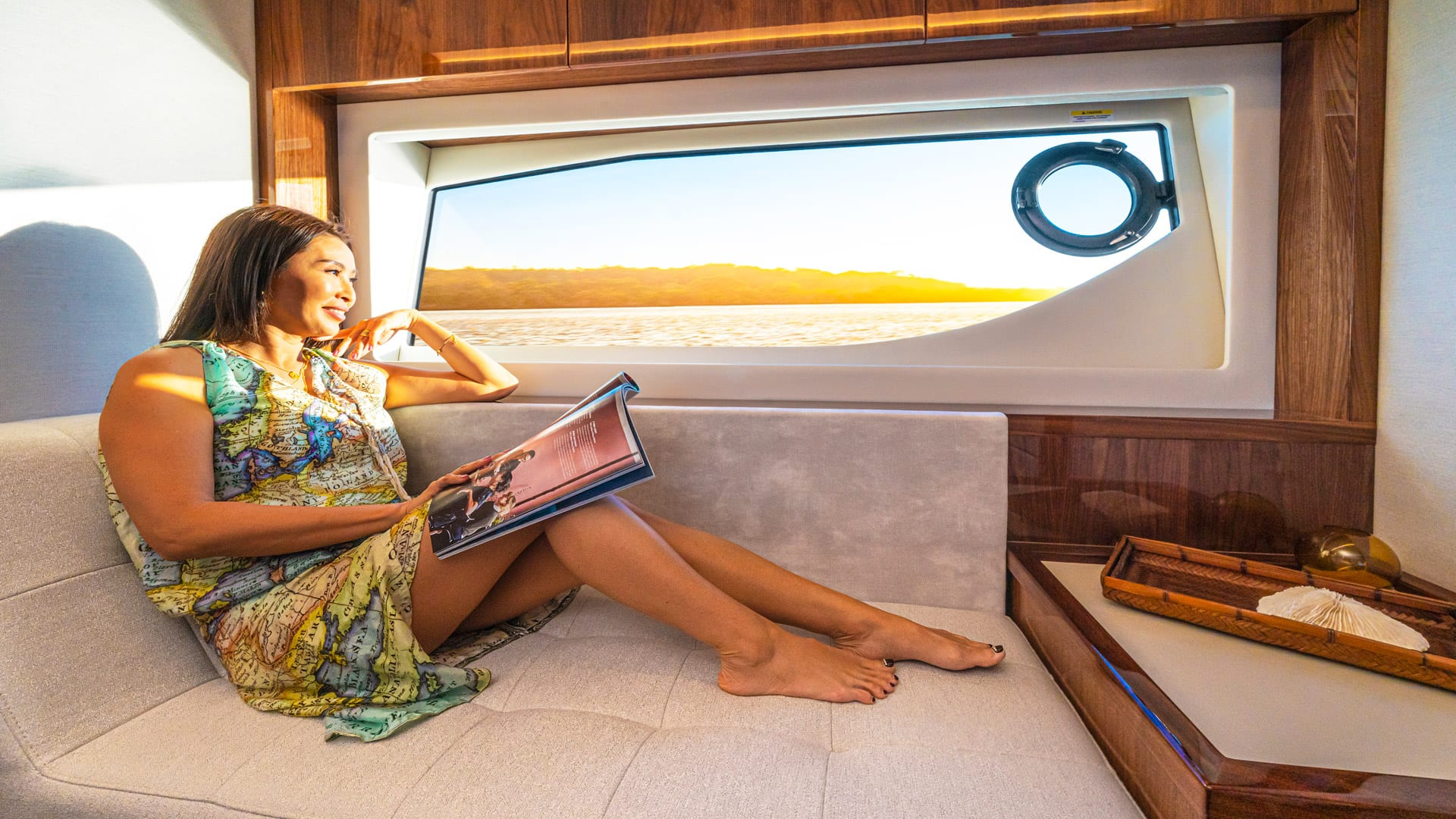 Riviera 64 Sports Motor Yacht Master Stateroom Chaise Lounge