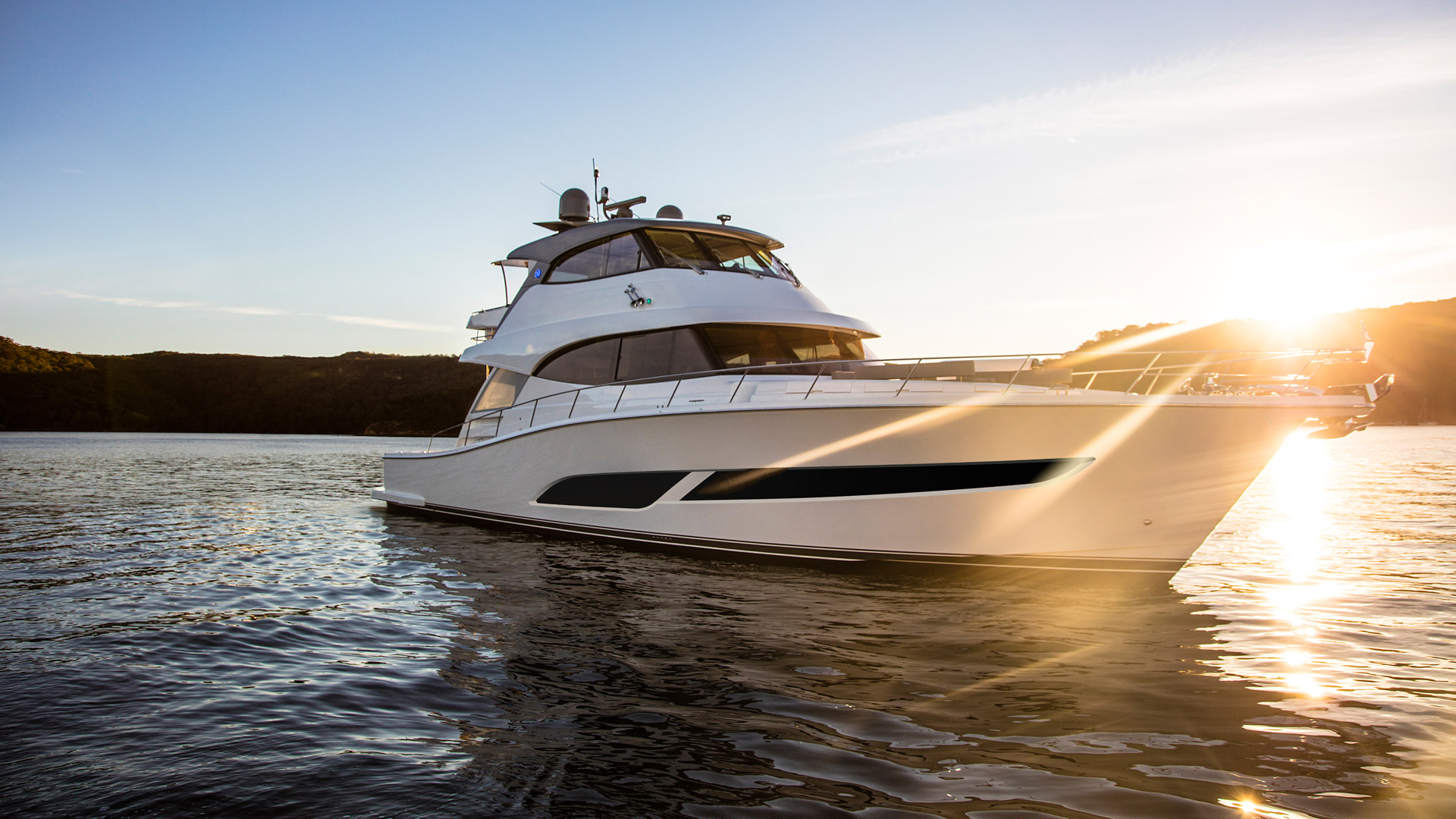 Riviera 68 Sports Motor Yacht Anchored 06 R