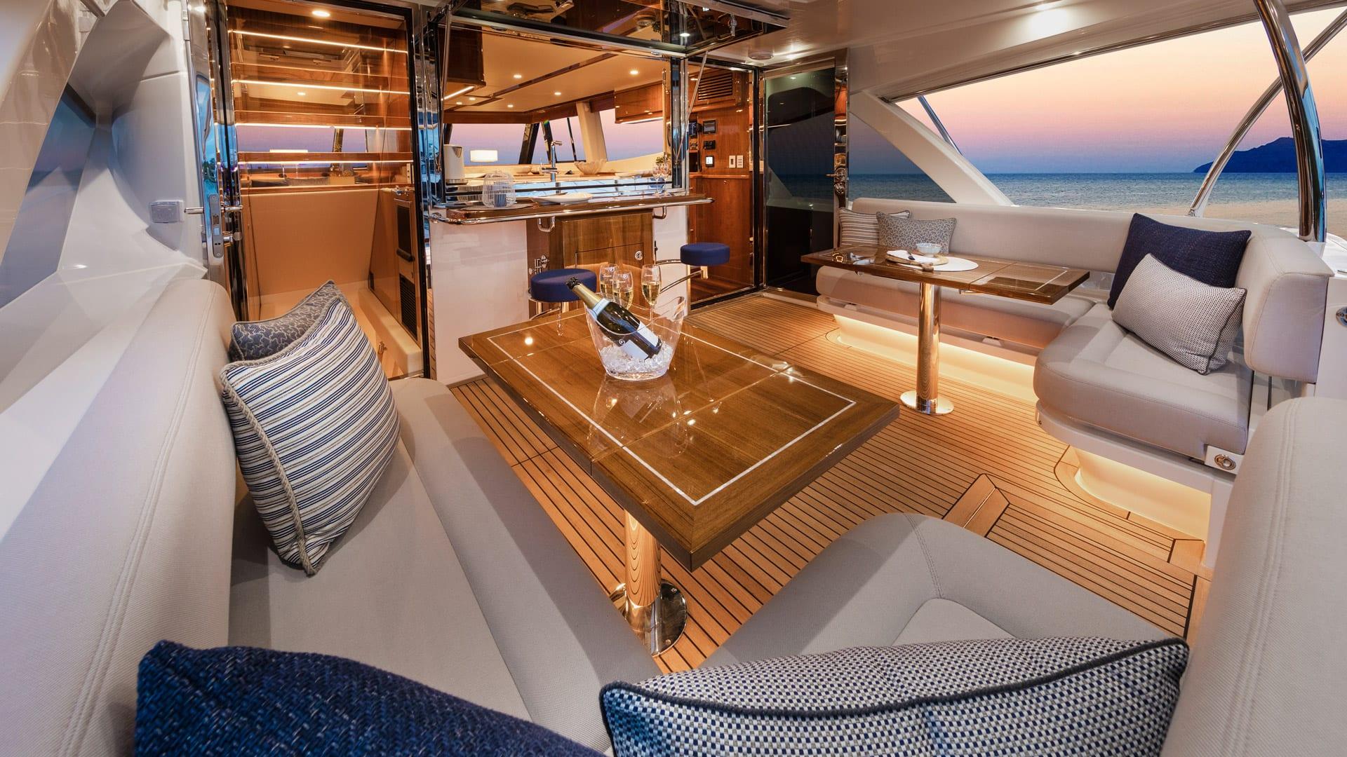 Riviera 68 Sports Motor Yacht Mezzanine 02