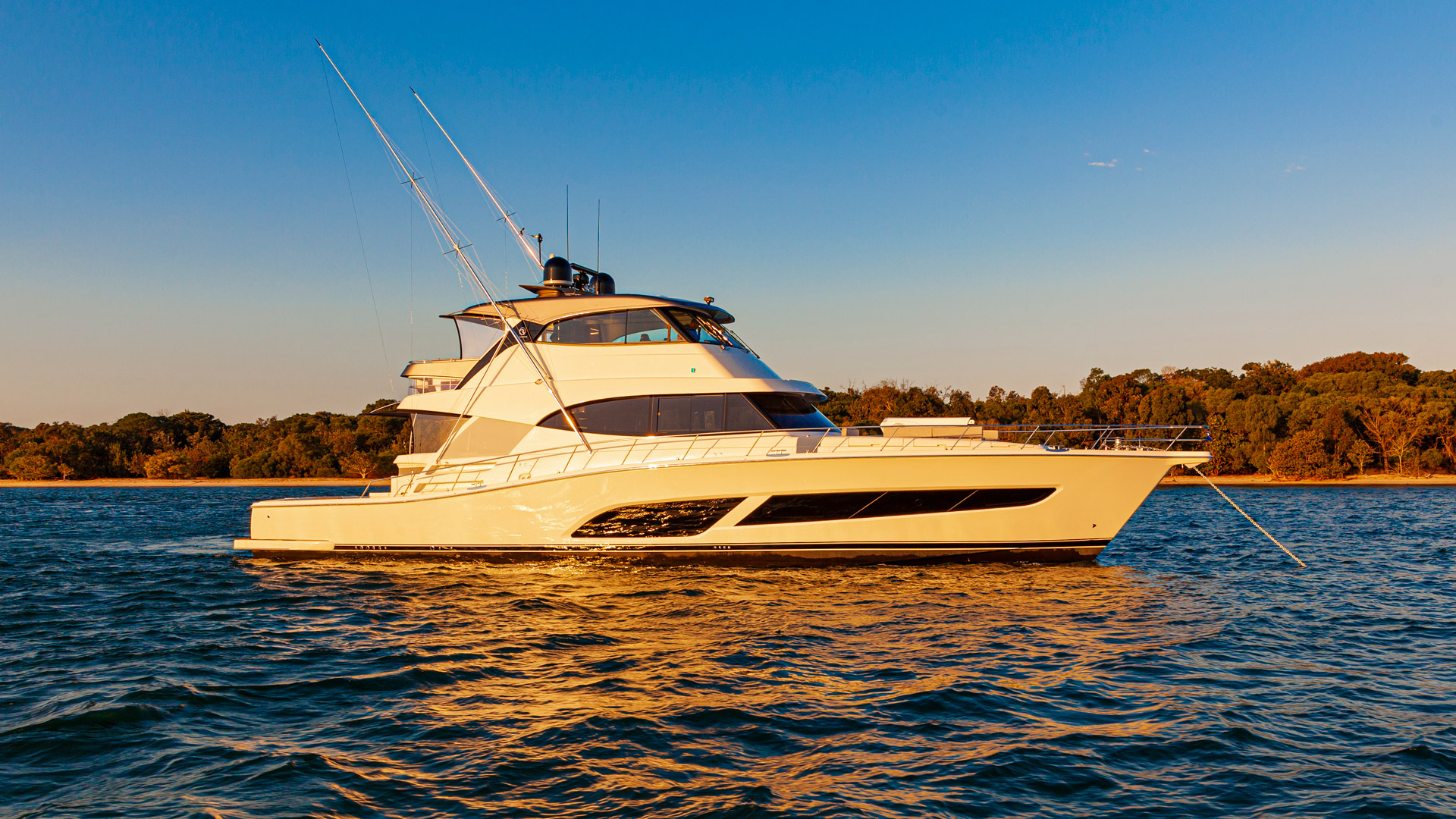 Riviera 72 Sports Motor Yacht Anchored 002