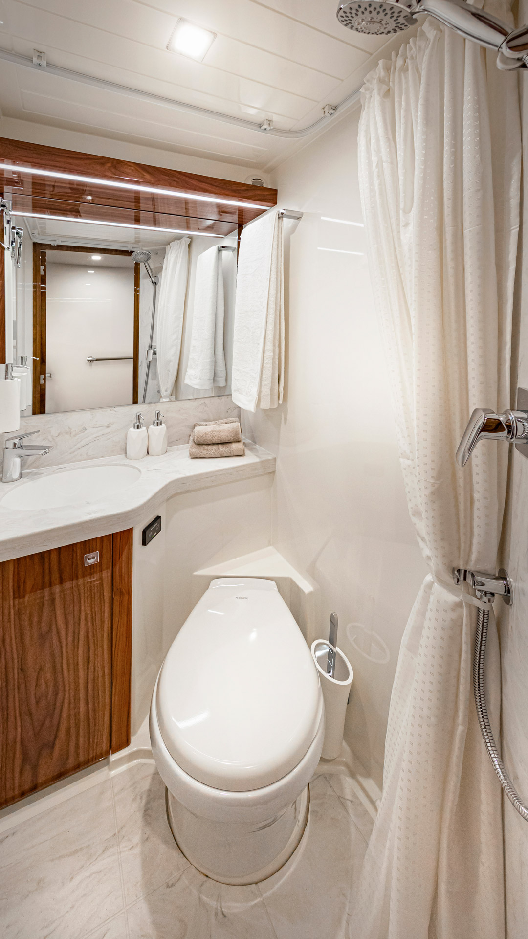 Riviera 72 Sports Motor Yacht Crew Cabin Ensuite and Day Head 01